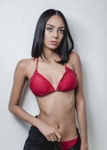 Thais_Oliveira-10